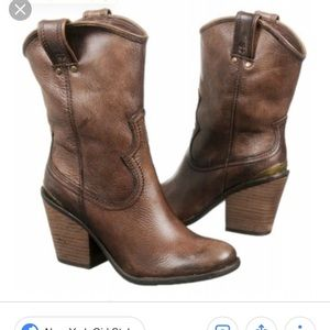 Lucky brand leather cowboy boots 7.5